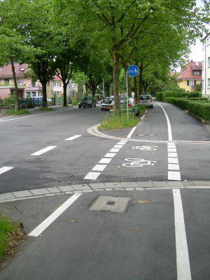 bike-lane2-germany-cf-resize
