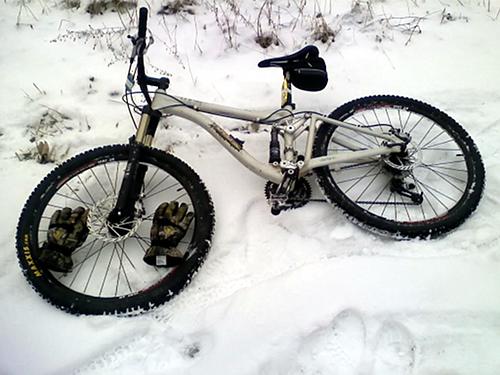 Winter Trail Commuting by Mountain Bike